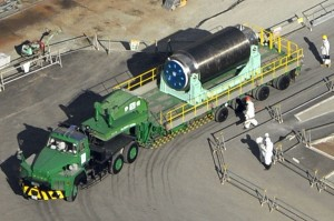 Poor TEPCO! Upset That News Media Reported Fuel Cask Transfer